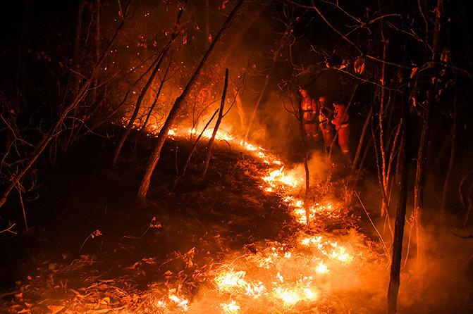 内蒙古大兴安岭毕拉河森林火灾扑救取得决定性胜利